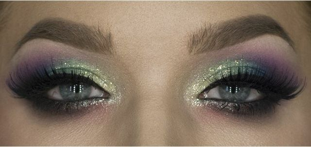 bunt-augen-make-up-lila-gold-grn
